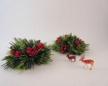 Mid Century Taper Candle Ring Wreaths Plastic Evergreen Felt Berry Christmas Centerpiece Decor