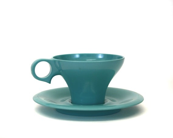 Vintage Russel Wright Flair Cup and Saucer Set (E3)