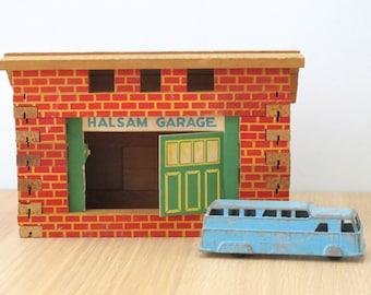 Vintage Halsam Garage HO Train Building