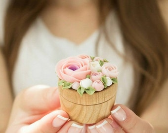 Christmas SALE TO ORDER Only Pink White Rose Flower Ring Box Wooden Round Decorated Engagement Ring Holder Ring Case Wedding Bridal Christma