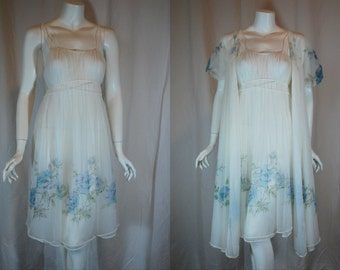 1950s 1960s Rogers White Peignoir Set, 32, Small, nightgown, Robe, Blue Flowers