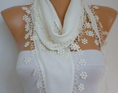 Creamy White Floral Pashmina Scarf,Winter Scarf, Cowl Scarf, Bridesmaid Gift,Gift Ideas For Her, Women Fashion Accessories,Christmas Gift