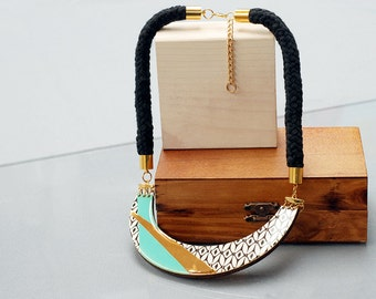 Statement Necklace, Turquoise and Gold bib necklace