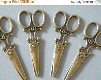 ON SALE 20 x Antique Bronze Brass Scissors Vintage Pendant Scissors Charm Large