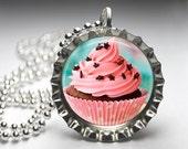 Cupcake Bottelcap Pendant Necklace, Cupcake Jewelry, Cupcake Necklace, Cupcake Pendant, Free Ball Chain