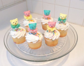 Kitschy Teddy Bear Cupcake Toppers