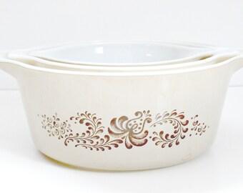 Sale vintage Corning Ware Pyrex 3pc Set brown and cream Homestead nesting casseroles retro pyrex casserole dishes