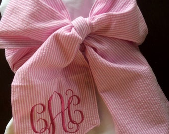 Monogrammed bow swaddle blanket personalized pink seersucker big bow swaddle