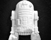 Star Wars R2D2 Soap - Star Wars Gift - Geekery Gift - Nerdy - Geek - Gift for Him - Stocking Stuffer - Star Wars Birthday Party Favors