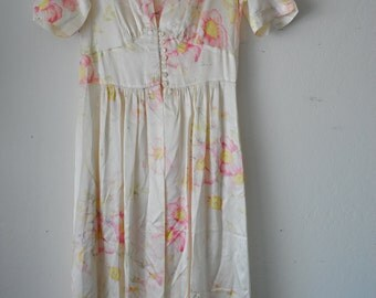 30s 40s silky soft floral printed nightgown robe dress Radcliffe