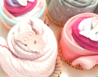 2 Bodysuits and 4 Washcloths Baby Gift Cupcake Set / / / Baby Shower Gift, New Baby Gift