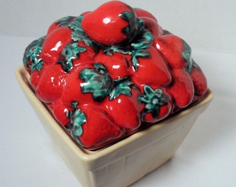 Vintage STRAWBERRY COOKIE CANISTER Red Strawberries Cooky Jar Storage Crock House of Webster