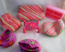 Vintage Set of Barbie Furniture -1980s-7 pieces-great condition