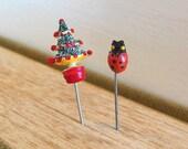 Vintage Tiny Lady Bug Christmas Tree Straight Pin Metal Red Green 50's (item 144)