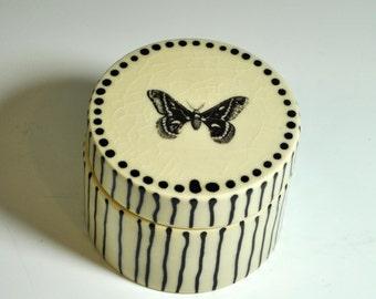 Wedding Ring Box, Ceramic Trinket box, Toothfairy box