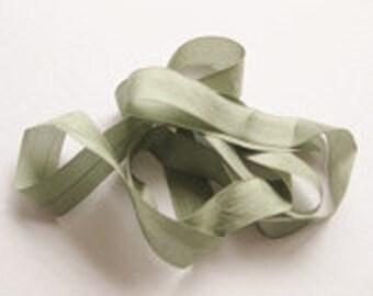 "Moss Green Vintage Hug Snug (3 Yards) 1/2"" Seam Binding"