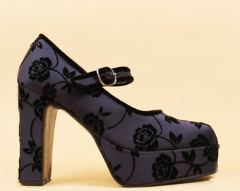 90s does 70s Flocked Satin Navy Mary Jane Buckle Strap PLATFORM / Gothic GLAM Grunge Lolita Kawaii Floral / 7 Eu 37.5 37