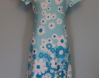 Maxi Dress Blue and White Bold Daisies