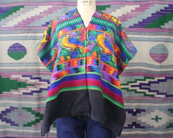 Vintage Huipil /Mexican Embroidery / Colorful Vintage Outerwear