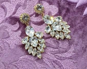 Gold Swarovski Bridal Earrings, Chandelier Bridal Earrings, Hollywood Style Earrings, Crystal Drop Earrings, Vintage Bridal Earrings Bridal.