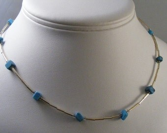 Vintage Southwest Liquid Silver Necklace with Turquoise Nuggets .... Lot 4457