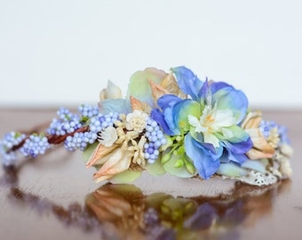 Floral Crown - Flower Halo in Periwinkle and Ivory Flowers - Flowergirl hairpiece - Photo Prop - Wedding Crown - Floral Hairpiece
