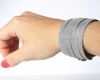 Leather Bracelet / Original Sliced Cuff / Basic