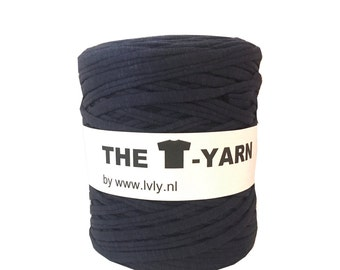 The t-shirt yarn 120-135 yards, 100% recycled cotton tricot yarn, dark blue