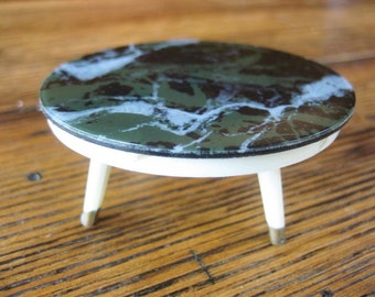 Ideal Petite Princess Fantasy Furniture Marble Top Round Coffee Table Spins 1960s