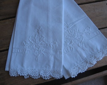 White Table Linens Guest Towels Napkins Set of TWO Flower Embroidered Cotton Guest Towels White on White MyVintageTable