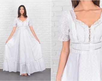 Vintage 70s White Boho Hippie Dress Lace Prairie Festival Puff Slv XS 7206 vintage dress 70s dress white dress boho dress hippie dress lace