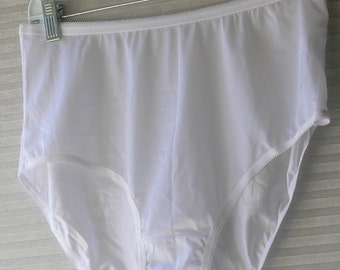 parnters  white panties size 8