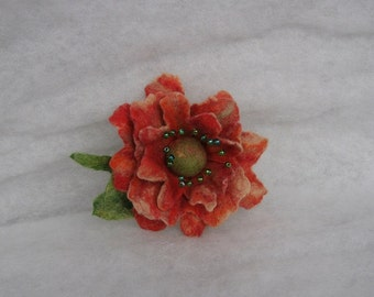 Flowers Brooch -  Felted Flower- Hand felted brooch - Wool brooch- Felted accessories -