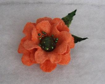 Flowers Brooch -  Felted Flower- Hand felted brooch - Wool brooch- Orange  flower brooch