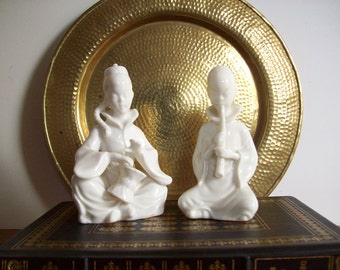 Vintage Blanc de Chine Figurines, Pair, Small Statues, Chinoiserie Chic, Asian Statues, Hollywood Regency
