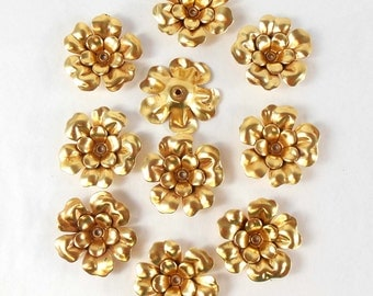Flattened Tea Roses, Brass Flowers, Riveted Flowers, Gold Plate, Antique Gold, US made, Nickel Free, Bsue Boutiques, 28mm, Item07848