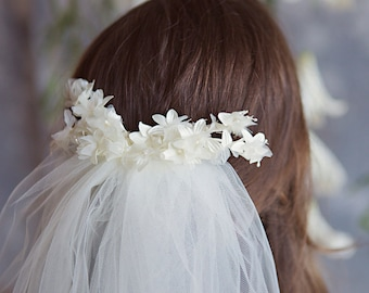 Flourish - Off White floral spray - ivory tulle wedding veil