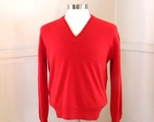 RARE Mens Cashmere Sweater Marshall Field / 60s 70s Scottish Scotland Red V-Neck / Pullover Wool / Hipster Clothing / J D McGeorge / MEDIUM