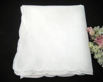 "Vintage 1950's Tablecloth Topper, White Linen Scalloped Hem 37"" x 36.5"""