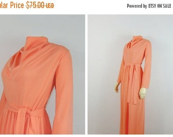 SALE Vintage Dress 60s Plus Size Maxi Dress High Neck Long Sleeves Belted Modern Size Extra Large XL - XXL / Plus Size 1X