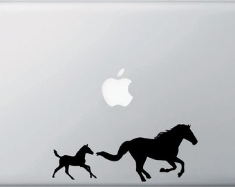 """MB - Horse Mom & Baby Foal/Filly - Macbook or Laptop Vinyl Decal - ©YYDC (7""""w x 2.75""""h) (Color Choices)"""