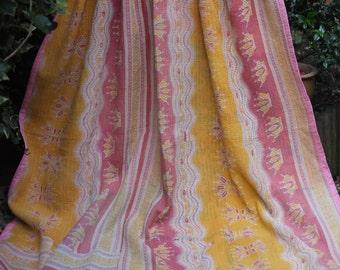 Soft Yellow and Red Kantha, Sari Throw, Orange kantha, red Kantha, Vintage quilt, Patchwork coverlet, Kantha Blanket, Vintage Kantha