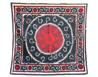 Handmade Vintage Suzani BL718