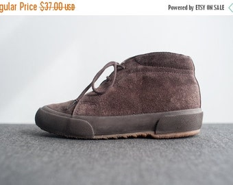 ON SALE Vintage Petite Womens Brown Suede Superga Lace Up High Top Sneakers Kids Size 2.5