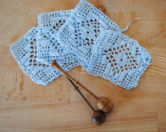 Vintage set - four Embroidered LACE - HANDMADE blue CcoasROCHET ters - doilies (crxt-04/16)
