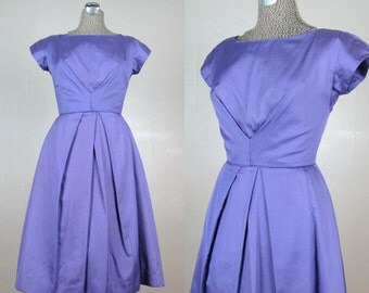 Vintage Early 1960s Purple Lilac Formal Party Dress 50s 60s Full Skirt Dress Size 4-6/S 25 Waist