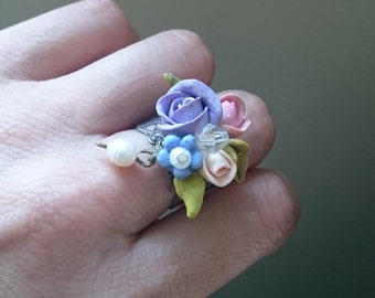 Flower ring .Pastel jewelry Pastel ring. Polymer clay jewelry. Shabby chic jewelry. Polymer clay ring. Romantic ring. Vintage style