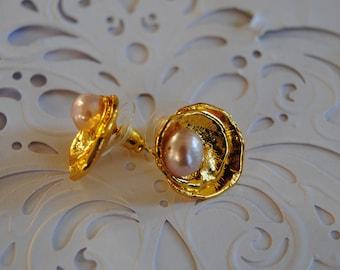 Freshwater pearl  earrings.14k Gold Filled Post Earrings,Stud earrings.Bridesmaids Gifts