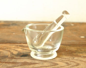 Antique Glass Mortar and Pestle Apothecary Druggist Pharmacist Bowl 2 Oz Herb Grinder