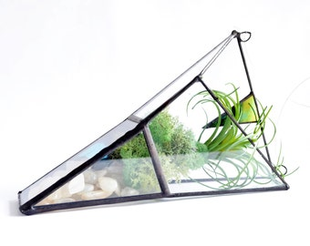Hanging planter, Wall Plant Holder Terrarium, an  arrow shape air plant holder.